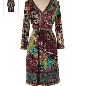 ECI New York Dress V-Neck Floral Paisley Med